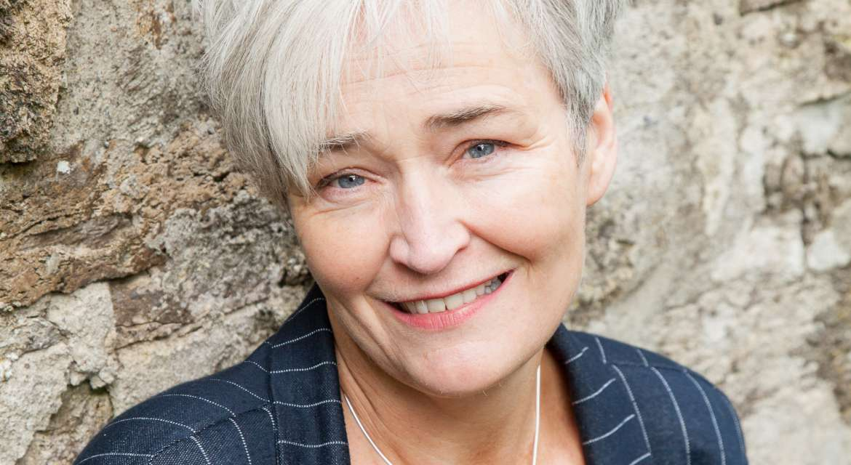 MEET THE DESIGNERS | MARTINA HAMILTON